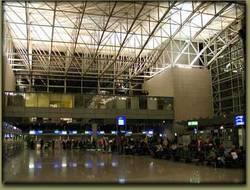 Terminal Frankfurt/Main - © 2001