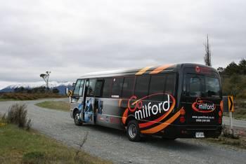 Der Tourbus, mit dem es zum Milford Sound ging.