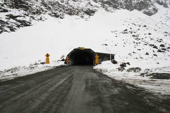 Die Ein-/Ausfahrt des Homer Tunnels