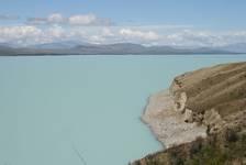 Man glaubt es nicht, wenn man die Farbe des Lake Pukaki nicht mit eigenen Augen gesehen hat.
